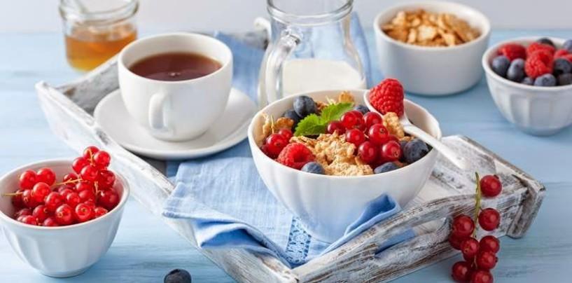 Płatki z mlekiem – śniadanie idealne?