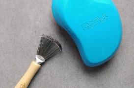 Jak czyścić szczotki do włosów?