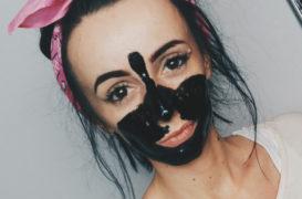 Maska pielęgnująca, czy… klej do twarzy?