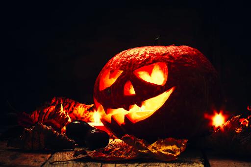 Halloween, lampiony z dyni